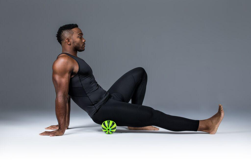 To use the Hypersphere, users simply press it against the area in question – this can include regions such as the glutes, hips, back, shoulders and feet