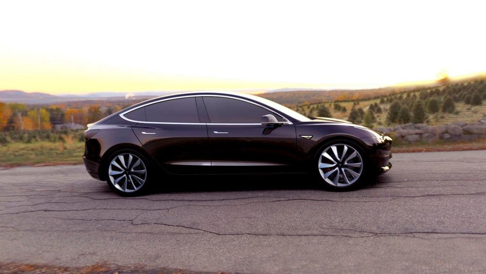 A Tesla may well be on its way toward the asteroid belt, but the company is struggling to deliver more in-demandelectric vehicles here on solid ground