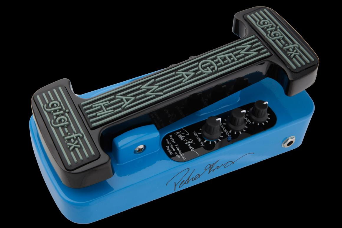 Gig-fx has released a new Megawah model to specs supplied by noted guitarist and songwriter Peter Frampton
