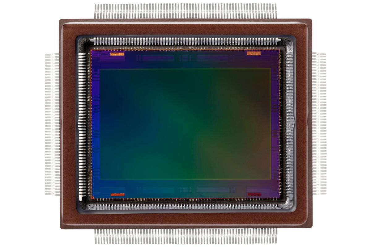 Canon has developed a 250-megapixel CMOS APS-H sensor
