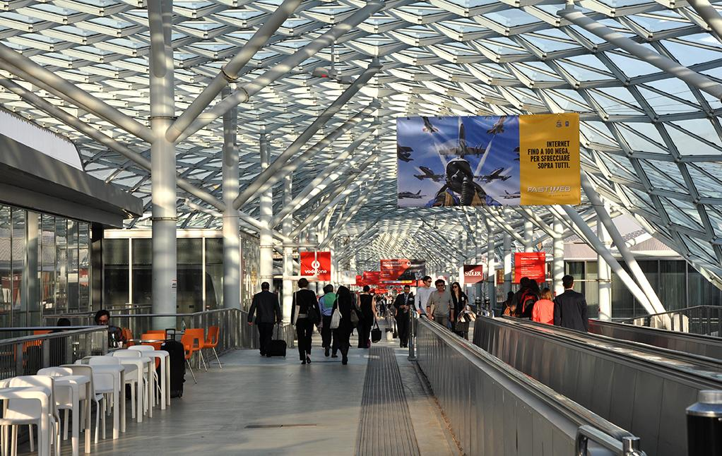 The Salone del Mobile 2015 filled the Rho Fairgrounds in Milan from April 14 to 19 (Photo: Edoardo Campanale/Gizmag.com)