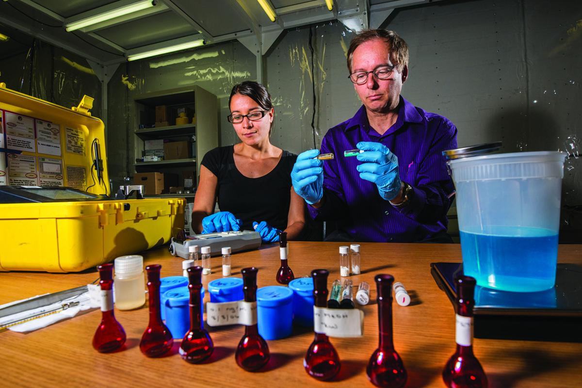 Sandia National Laboratories chemical engineer Vicki Chavez worked with Kevin Fleming to prove that iron sulfate mixed with ammonium nitrate could produce a non-detonable fertilizer (Photo: by Randy Montoya)