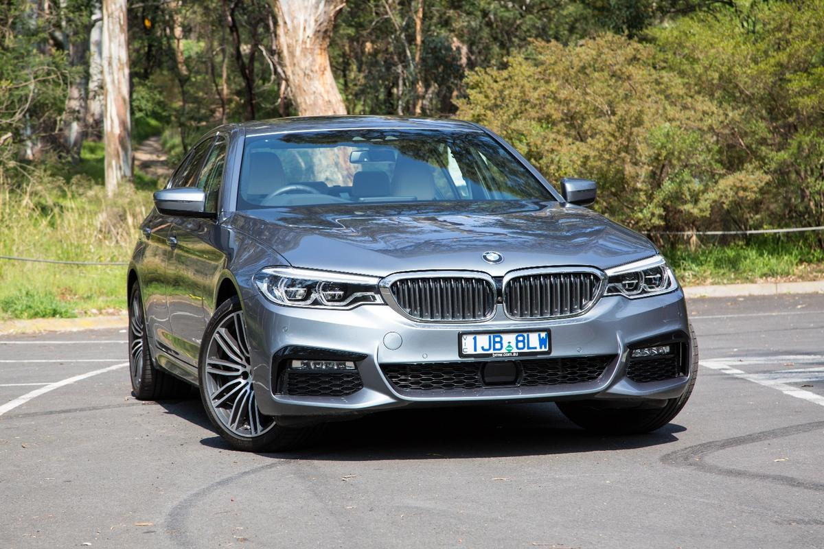 The BMW 530e iPerformance is a bit of a looker