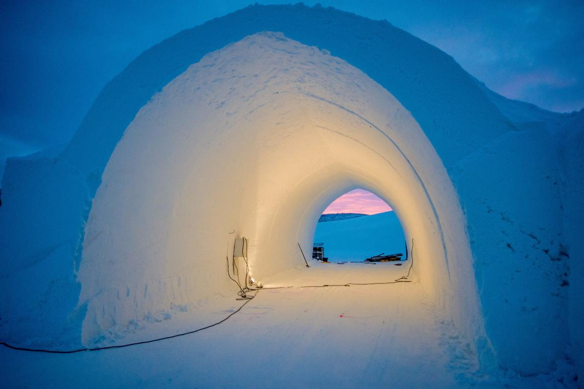 The design of Icehotel 365 is said to combine the arched architecture of the classic Icehotel with traditional building methods