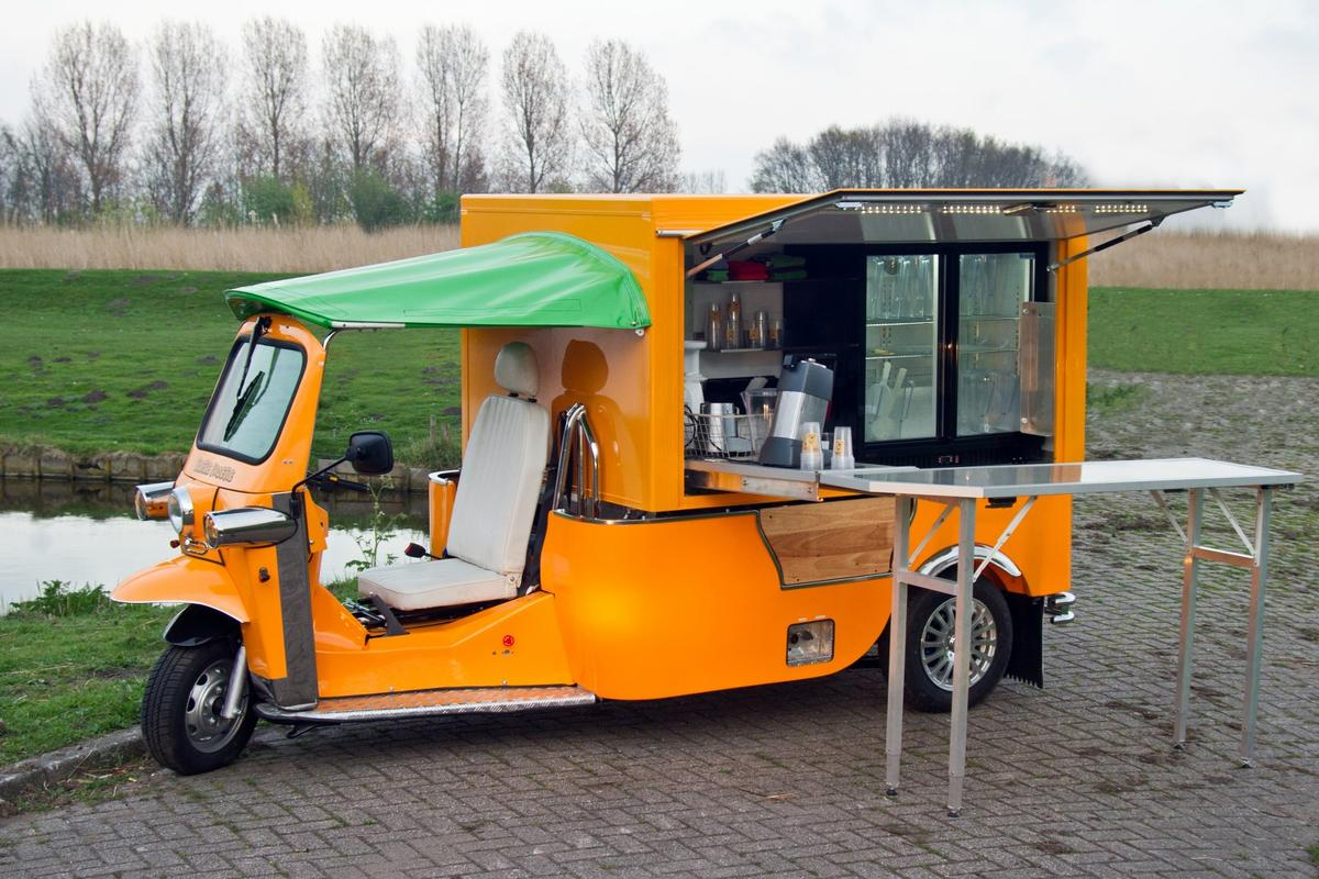 The Tuk Tuk Factory has launched its new vehicle, the e-Tuk Vendo, which is a pure electric mobile catering truck
