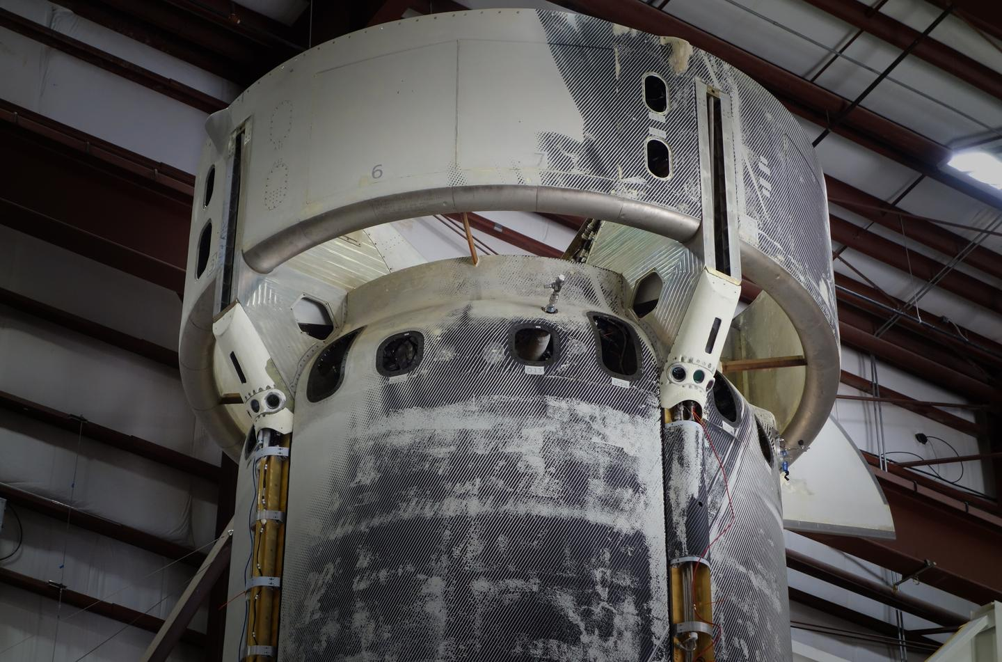 Lunar landing sensors were installed on the upper section of the New Shepard rocket leading up to launch