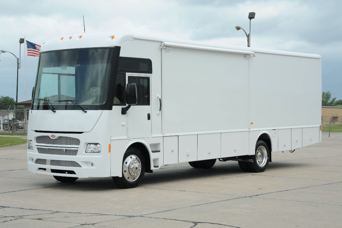 Winnebago announces all-electric specialty vehicles