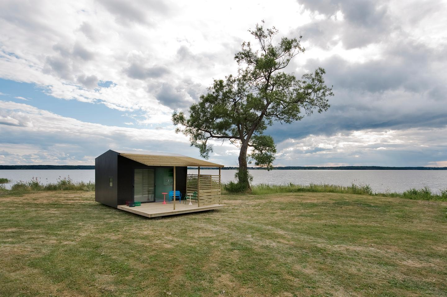 Mini House is designed by Swedish architect Jonas Wagell (image: Andy Liffner)
