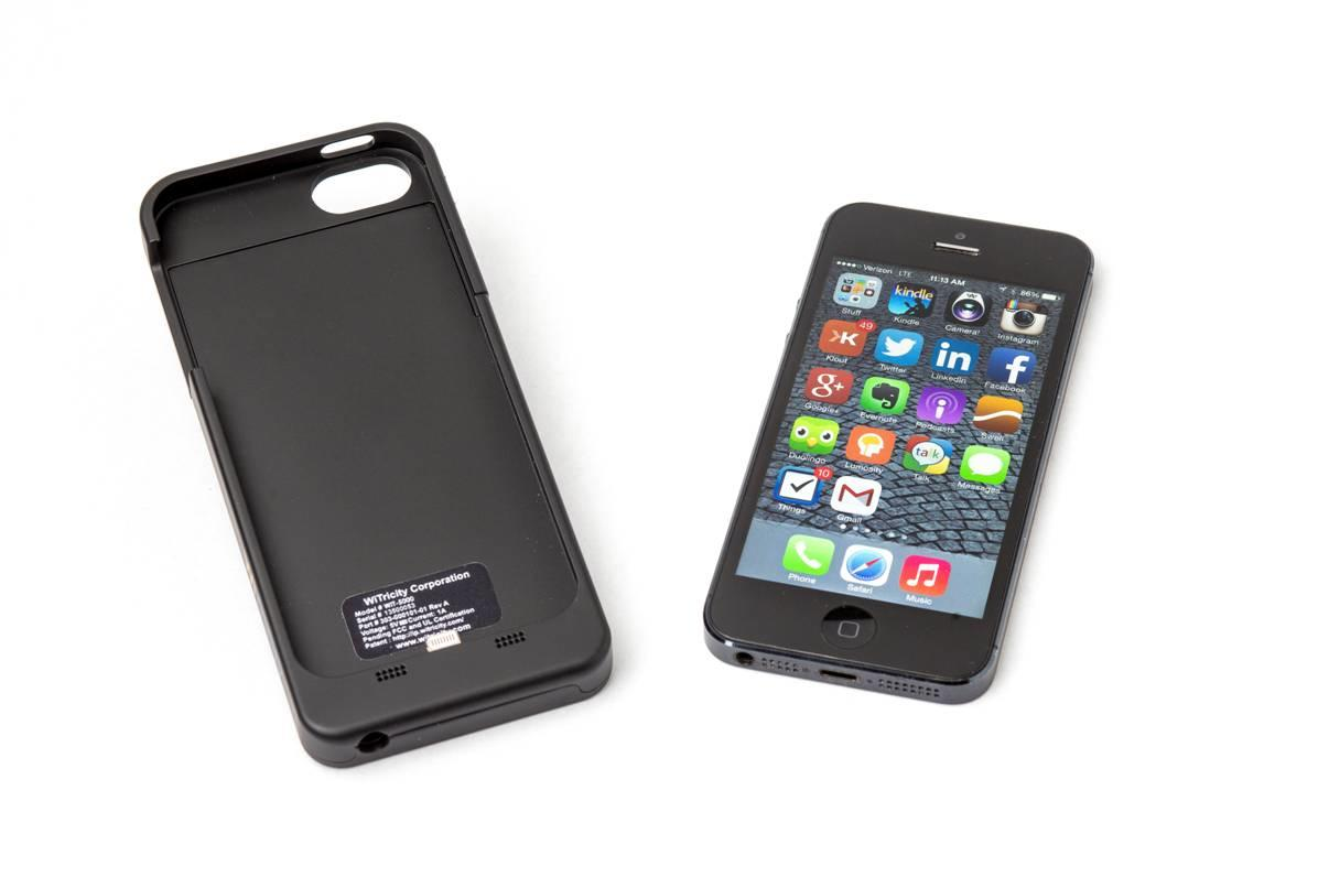 WiTricity has unveiled a charging system for the iPhone 5/5s at 2014 CES