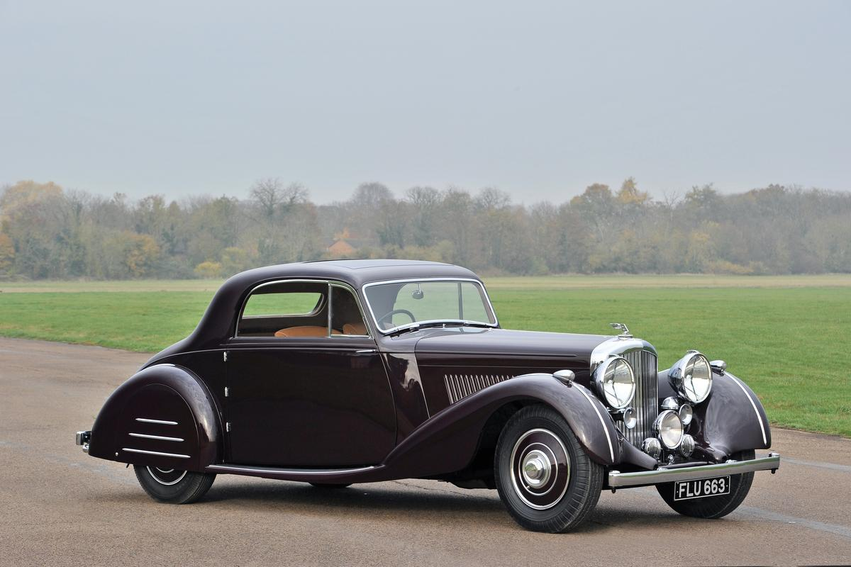 "1939 Bentley 4¼-Litre Sports Coupé ""Honeymoon Express"" (€600,000 - €725,000)"