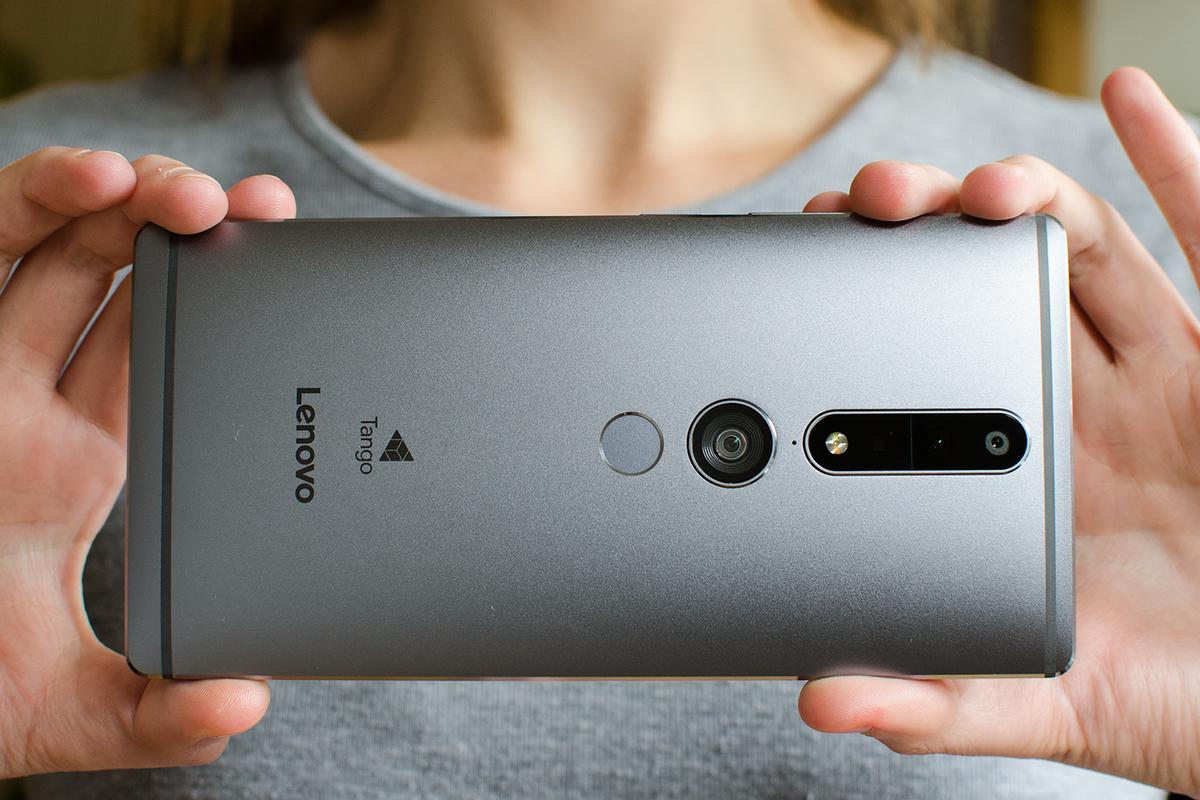 New Atlas reviews the Lenovo Phab 2 Pro, a massive phablet with Google's Tango technology