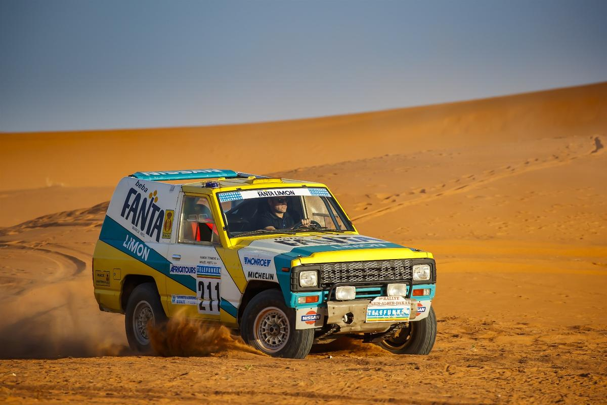 The NissanPatrol Fanta-Limonfrolicking in the Sahara dunes