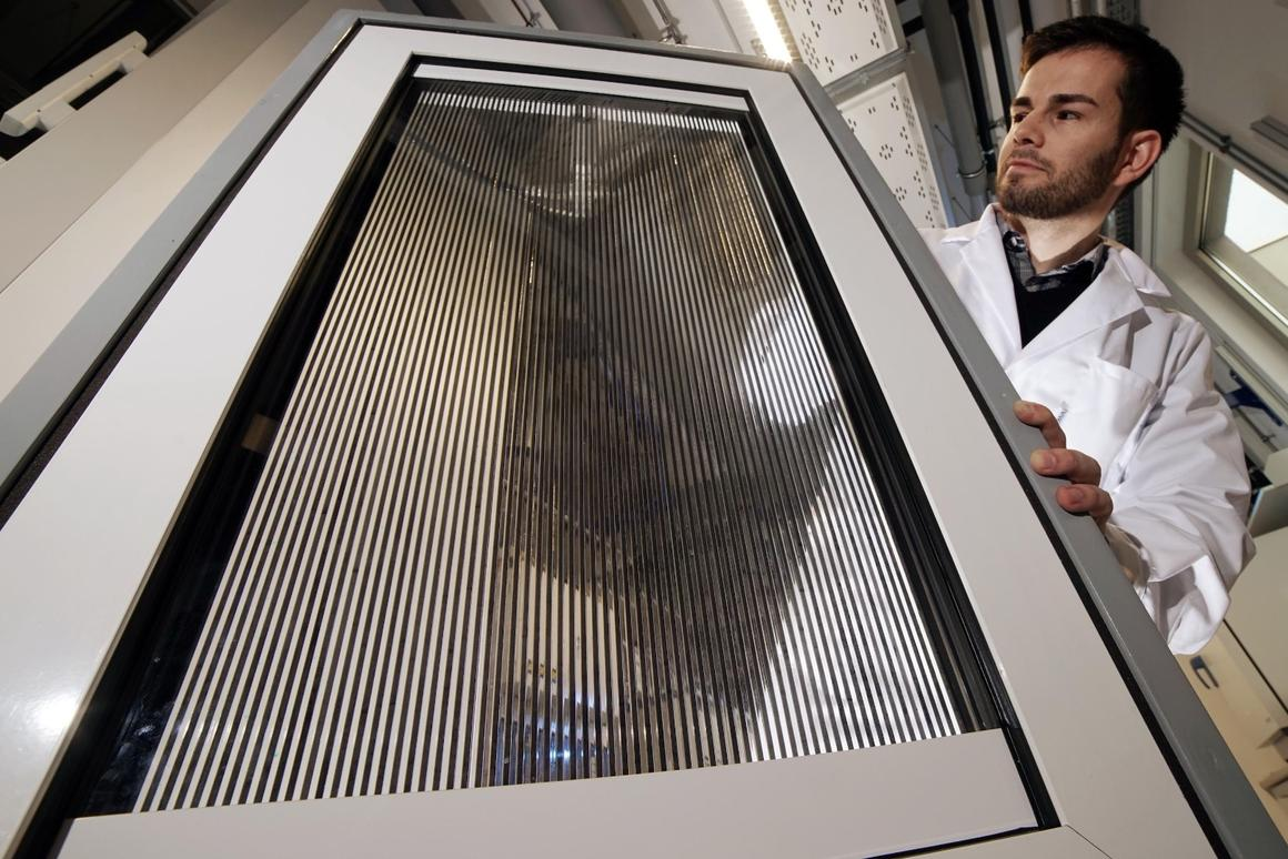 A prototype of the Large-Area Fluidic Windows, which can control shade and harvest heat using magnetic nanoparticles suspended in liquid