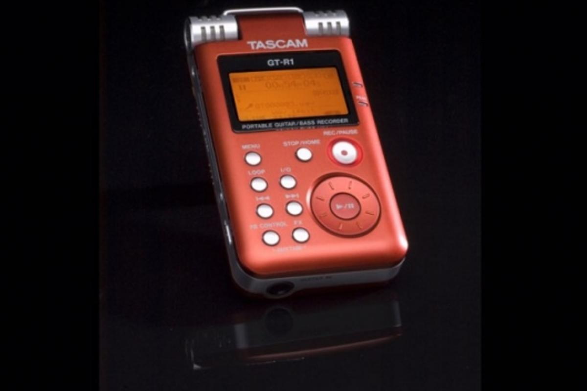 TASCAM GT-R1 portable guitar recorder