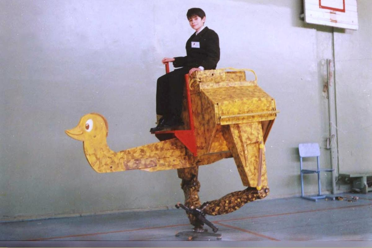 Konstantin Ivanov's walking ostrich robot was built with just $1,500