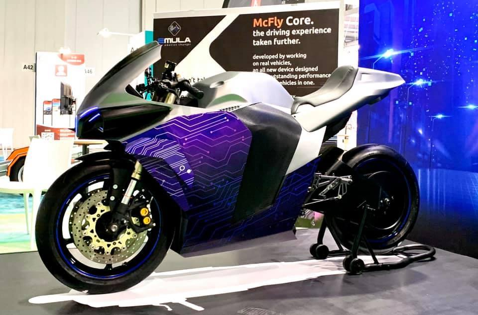 "The Emula will have a ""boring mode"" in which it behaves like a high-performance electric motorcycle – ie, better than all the other bikes it emulates"