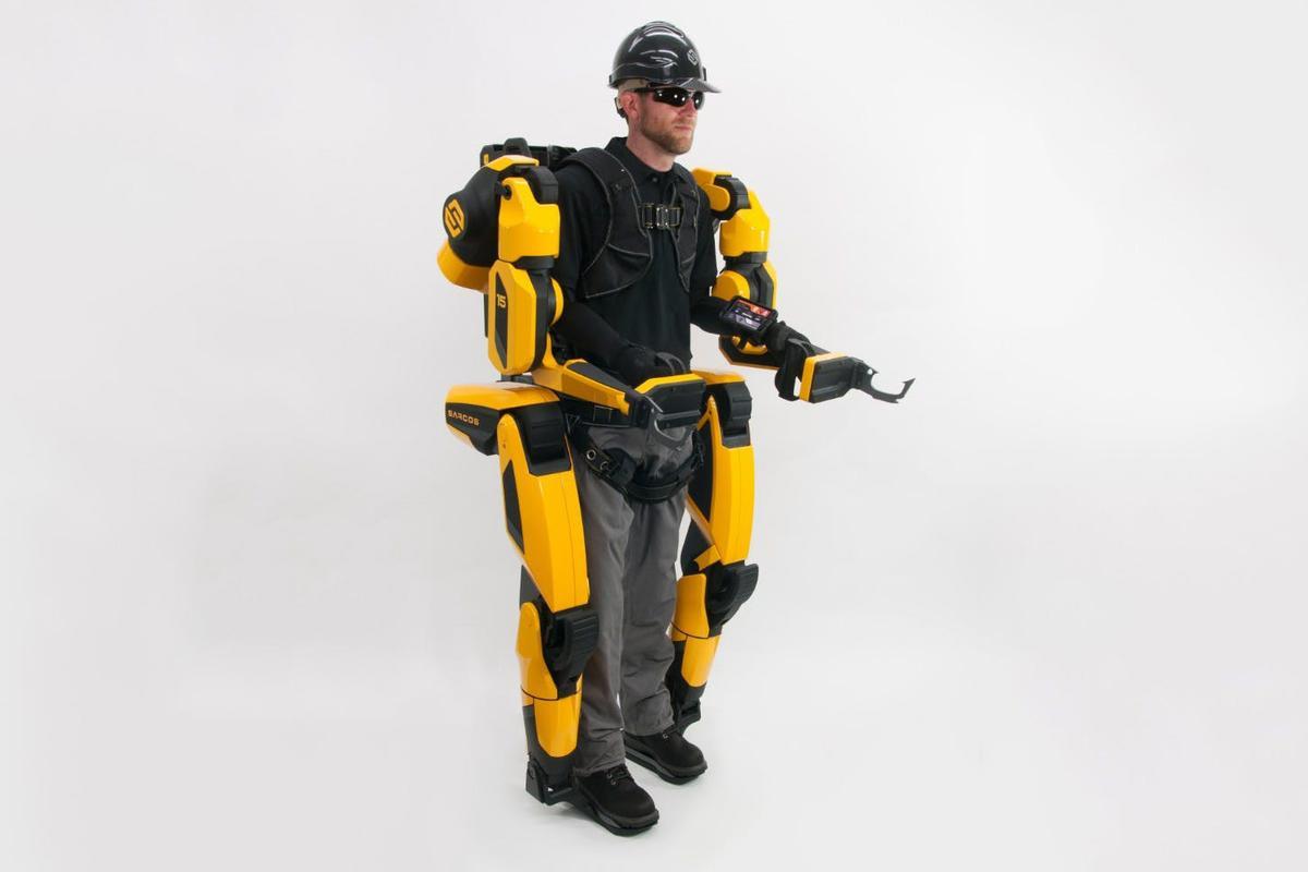 Sarcos' full-body exoskeletonpromises to make userstwenty times stronger
