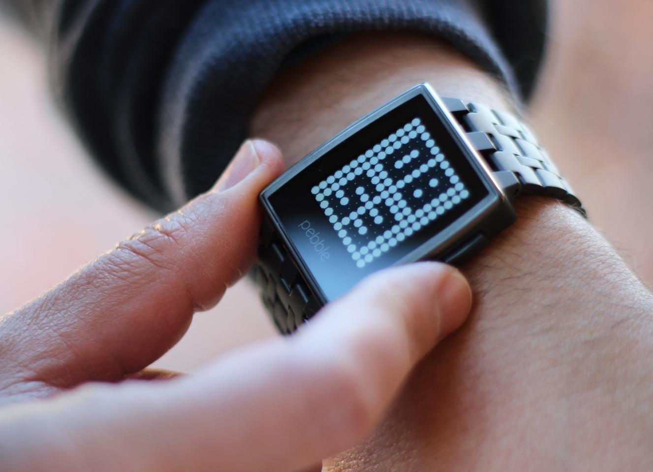 Pebble Steel (Photo: Will Shanklin/Gizmag.com)