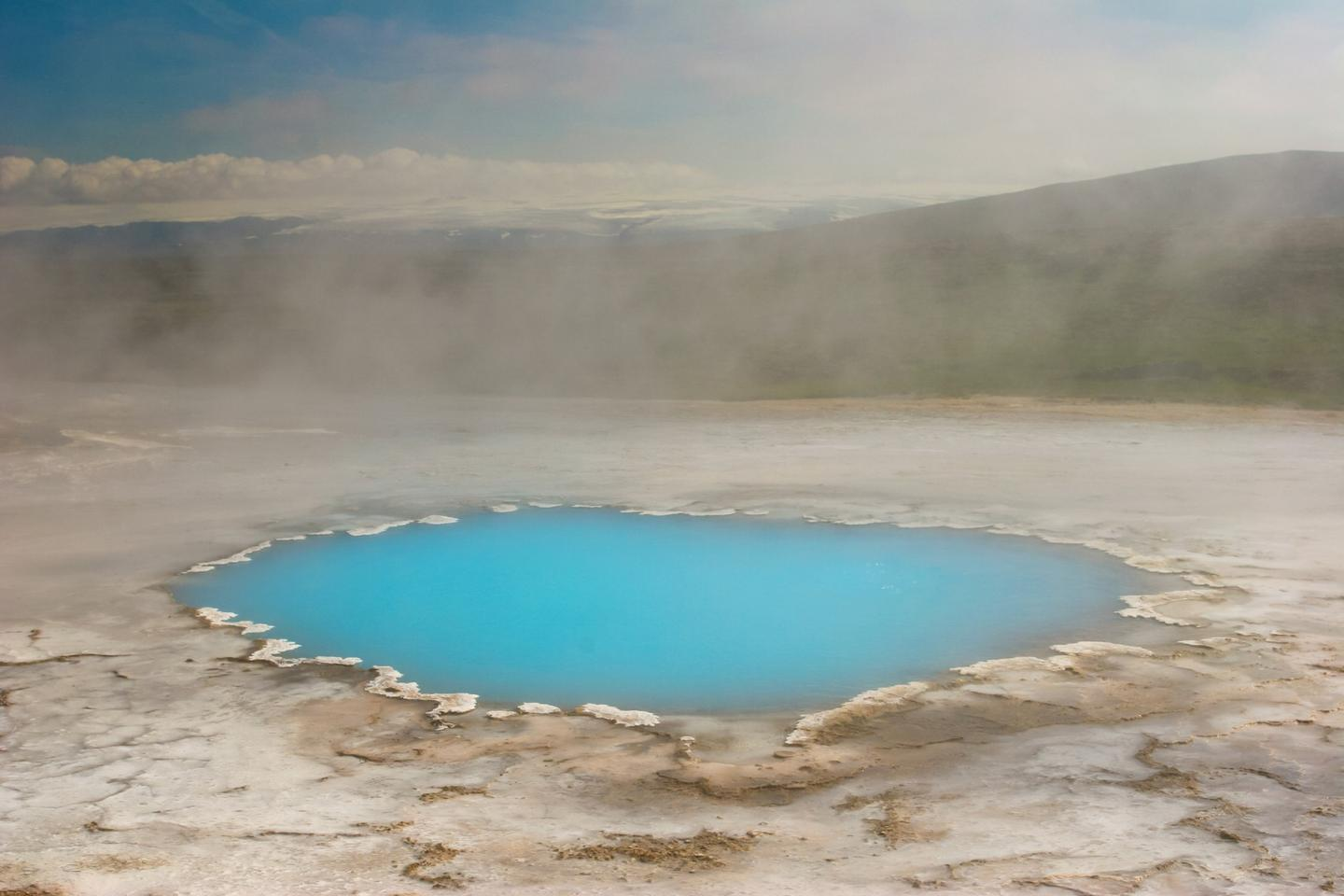 """Researchers have shown how life may have arisen from non-living matter in the """"primordial soup"""" of early Earth, thanks to molecules released during volcanism"""