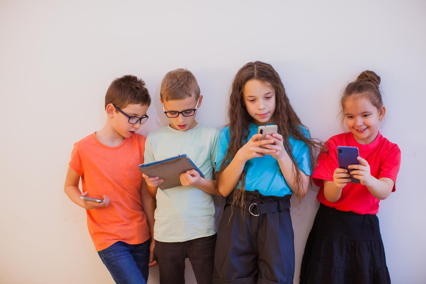 Research has found more screen time correlated with more friends