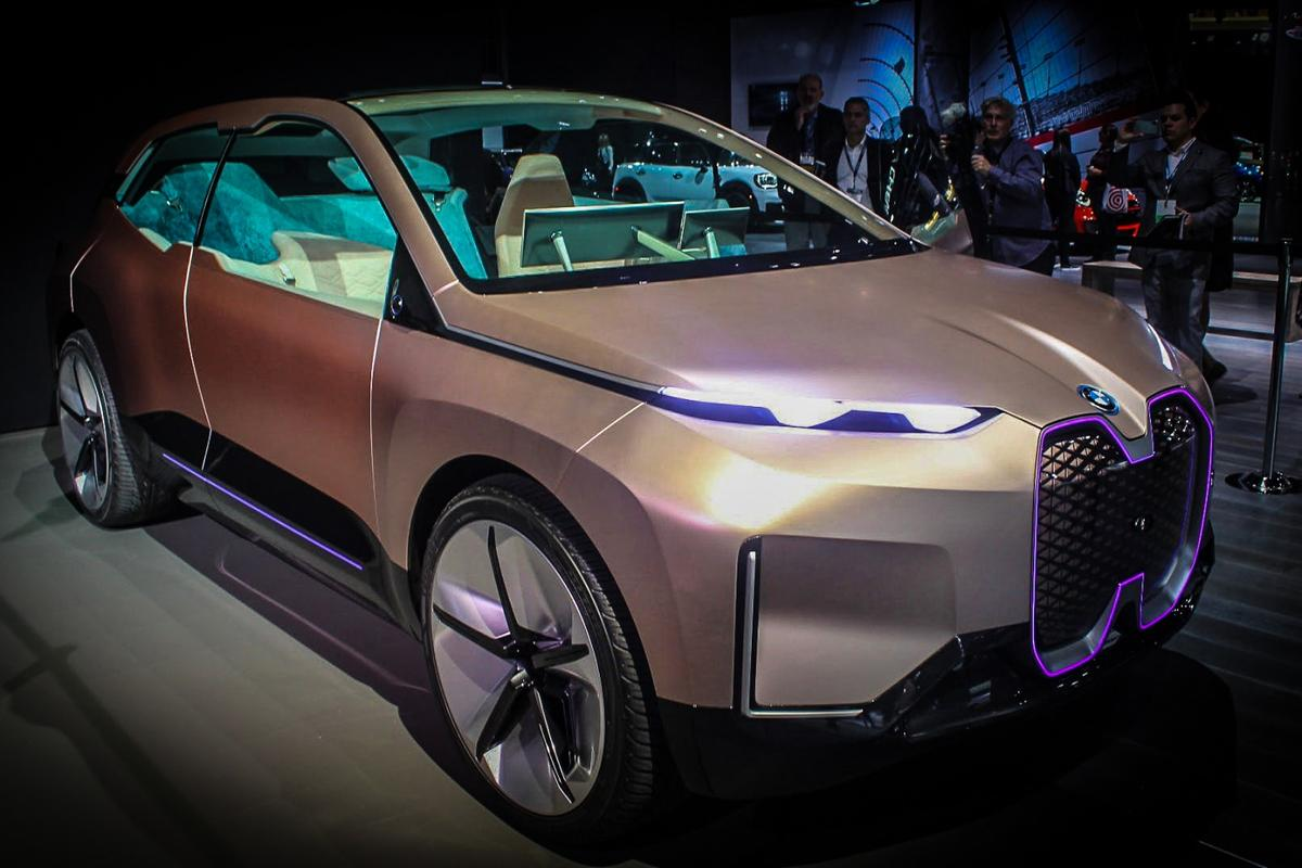 BMWVision iNext at the 2018 LAAuto Show