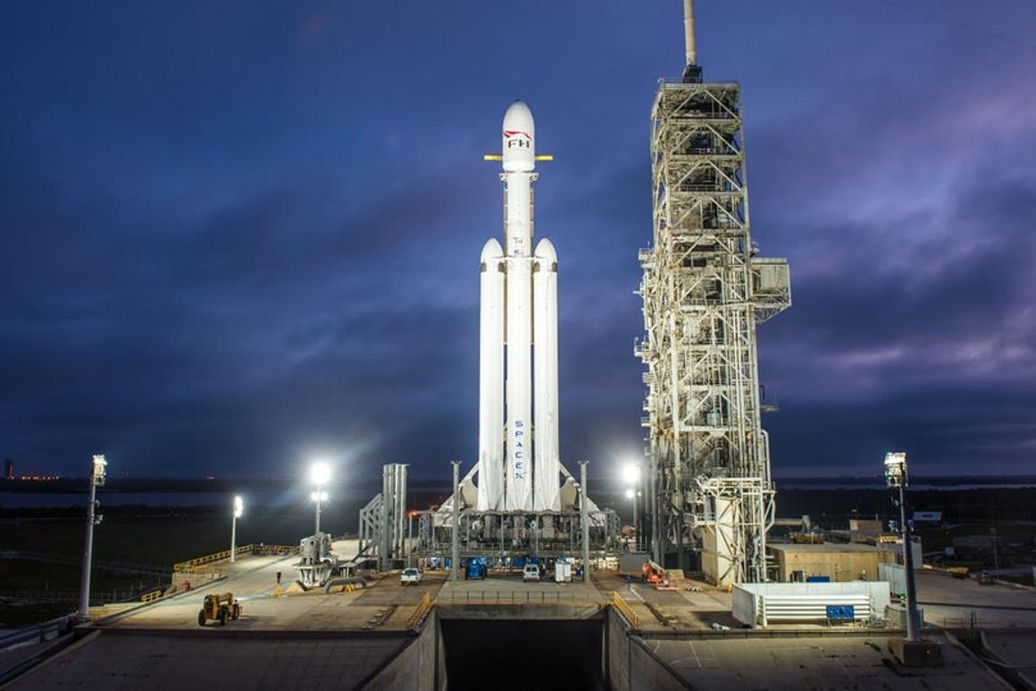 Falcon Heavy vs  the classic Saturn V