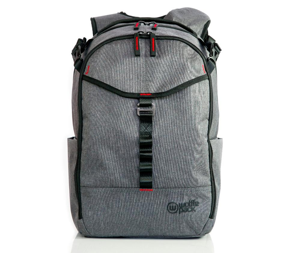 TheWolffepack Capture is a 26 liter backpack with a photography-focused insert