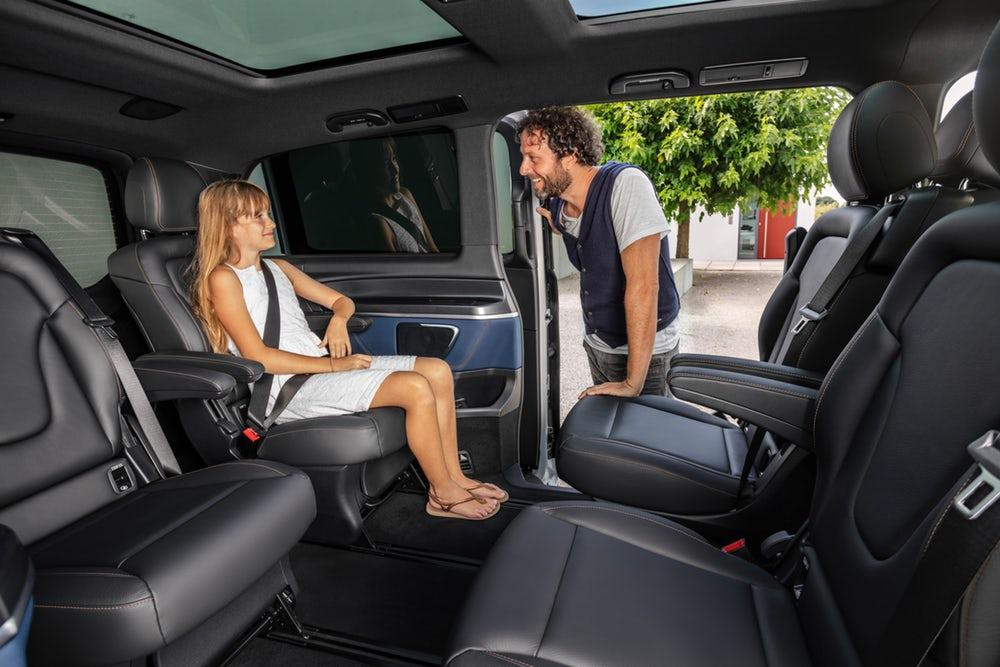 With the battery integrated away in the floor, the EQV offers a flexible, spacious cabin that can be set up in a variety of ways