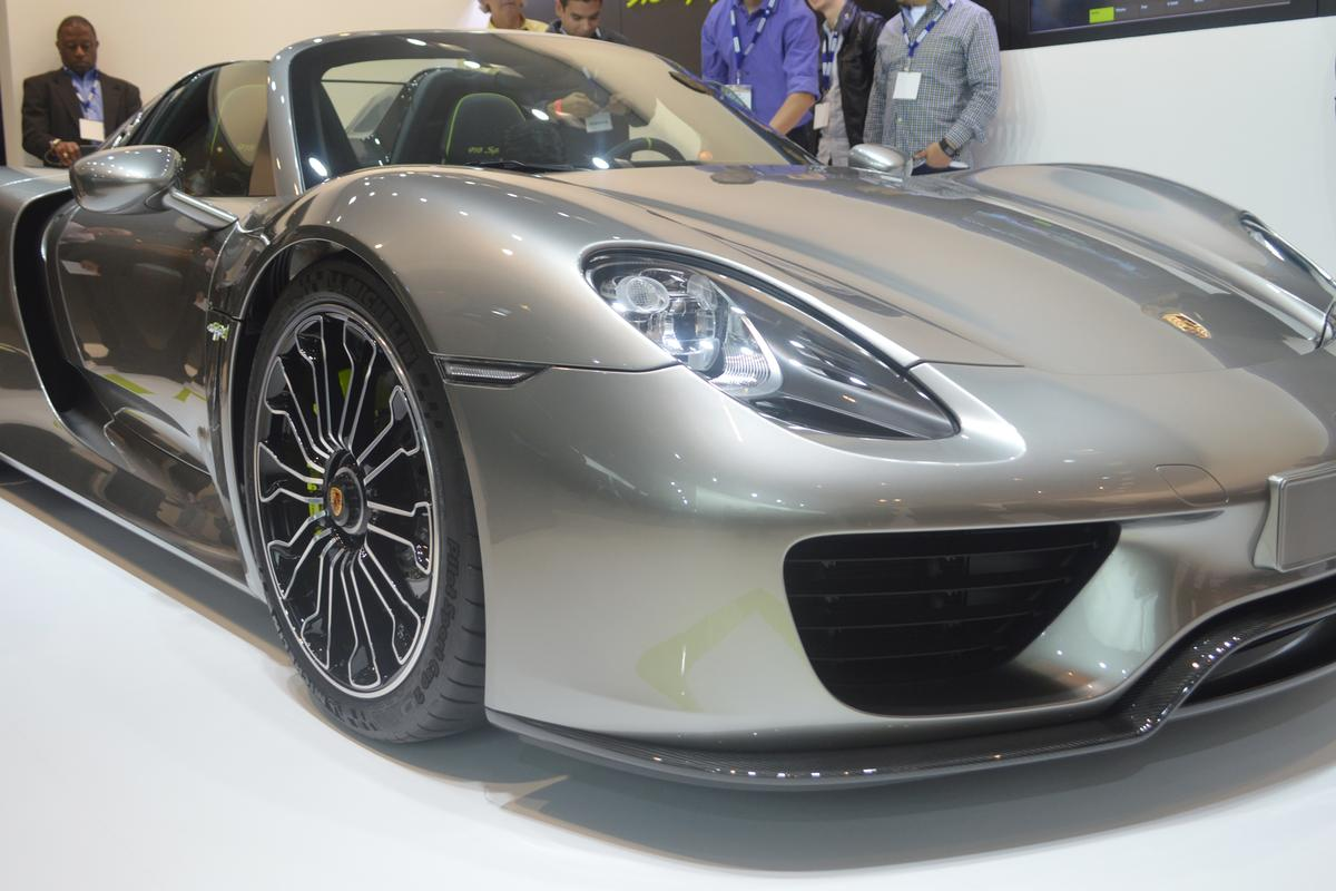 Porsche shows the 918 Spyder at the LA Auto Show (Photo: CC Weiss)