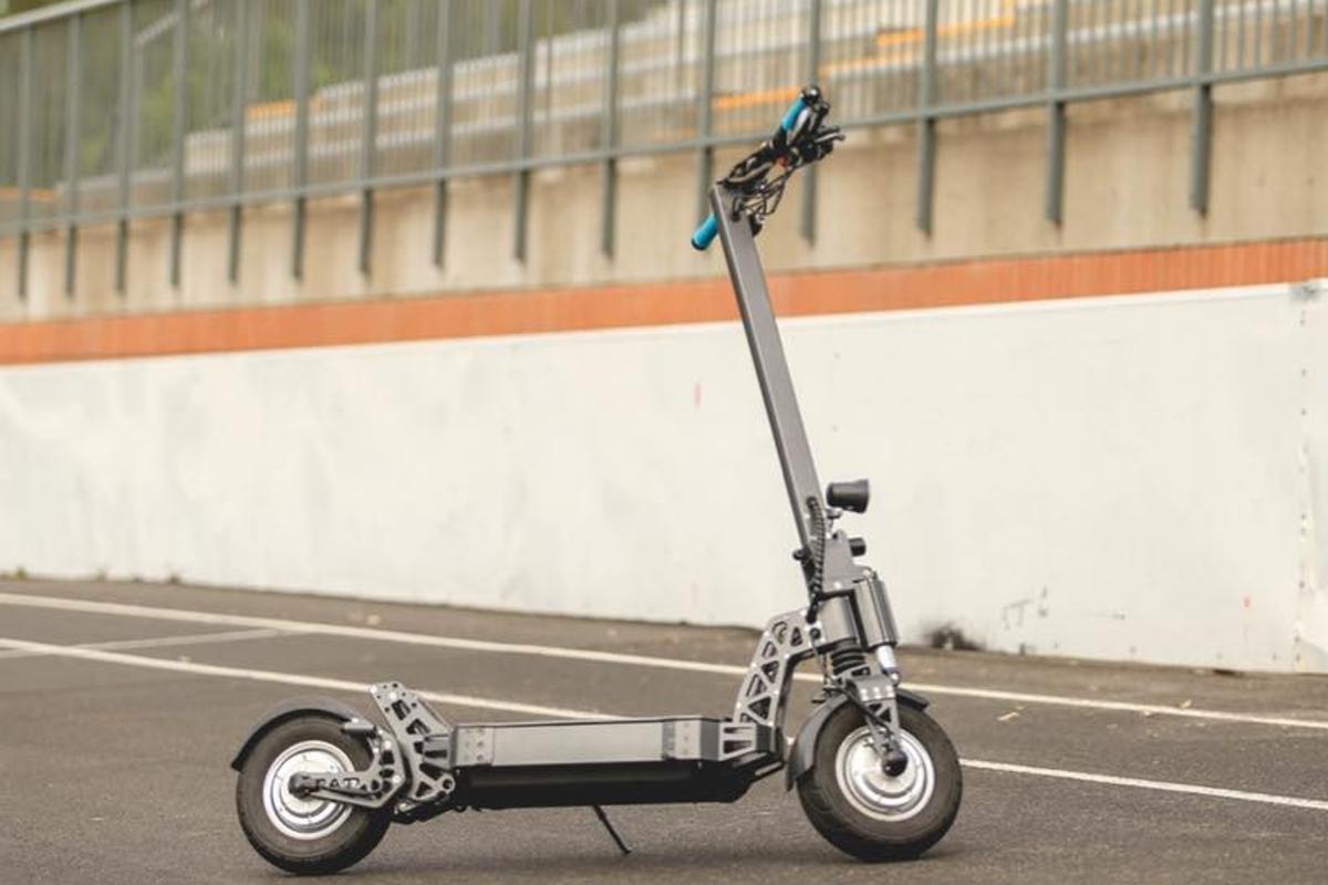 The C60 has a top speed of 38 mph and a range of up to 62 miles