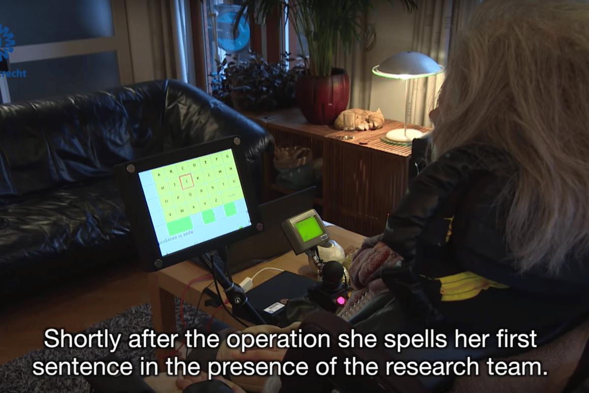 Abrain implant isenabling Hanneke de Bruijneto operate a speech computer with her mind