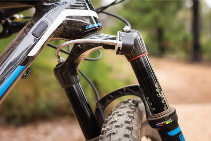 ShockWiz advises users on their suspension settings, by monitoring the pressure in the fork or rear shock