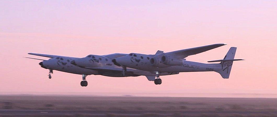 White Knight Two and SpaceShipTwo taking off at dawn (Photo: Virgin Galactic)