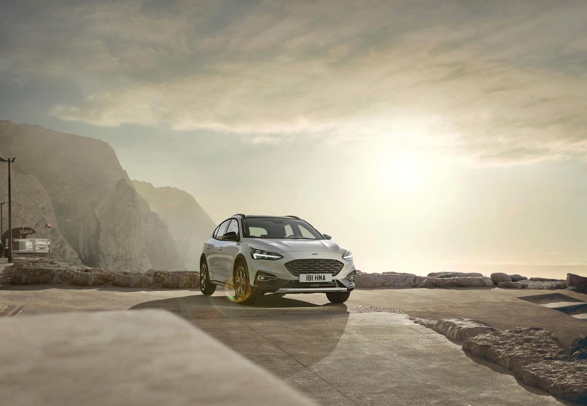 Ford Focus Active: slight lift kit