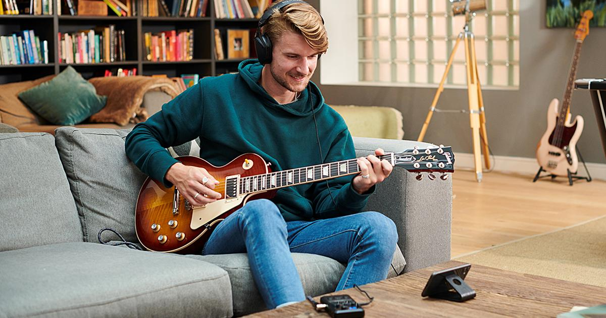Portable guitar interface puts tone-tweaking tools in your pocket