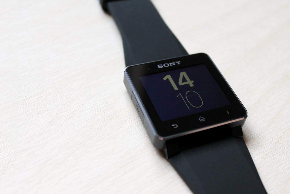 Gizmag reviews the new Sony SmartWatch 2
