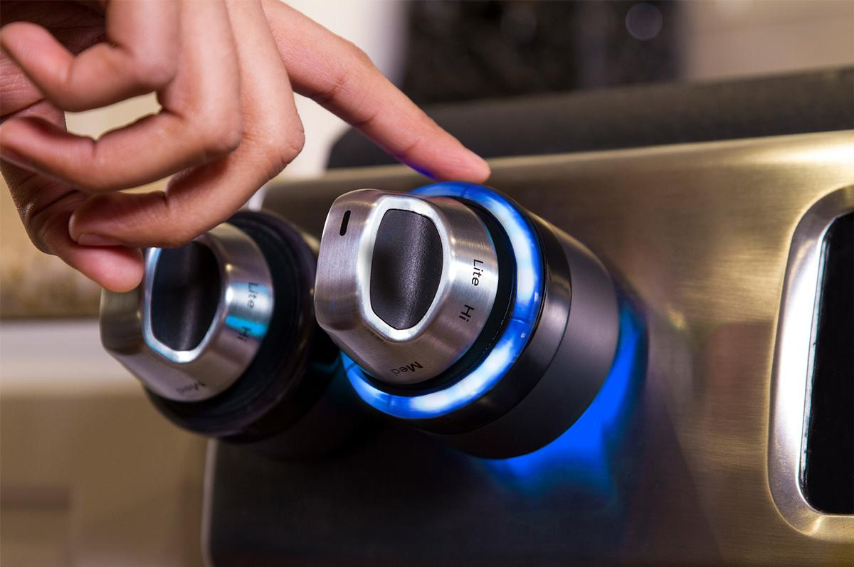 Inirv React knobs can reportedly be installed on any gas or electric stove