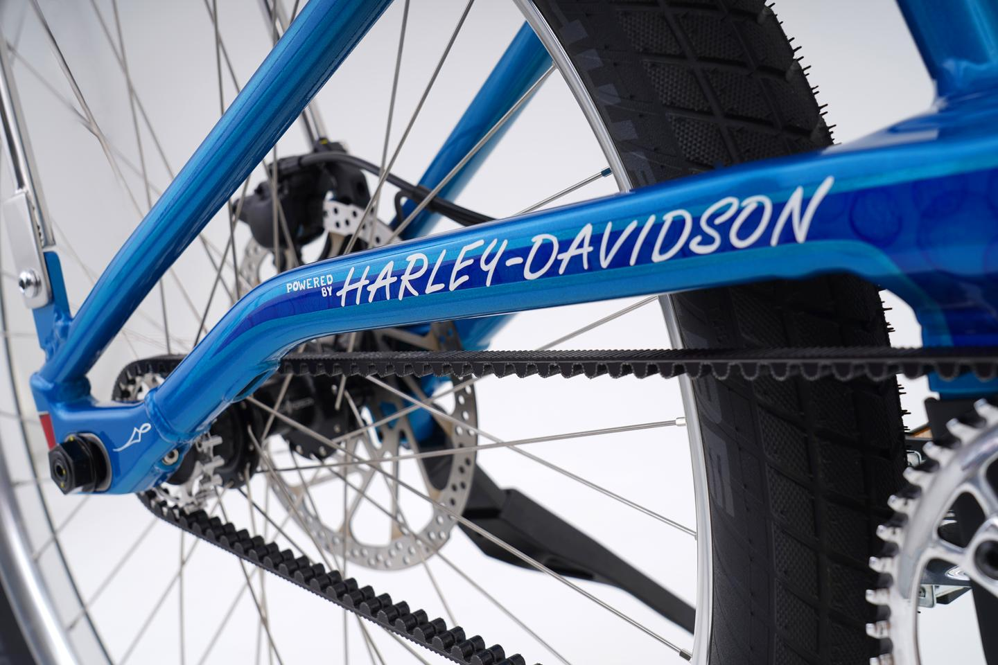 """The MOSH/CHOPPER features a Gates Carbon Drive belt, TRP hydraulic brakes, and wears the Harley-Davidson name in """"single-stroke hand lettering"""""""