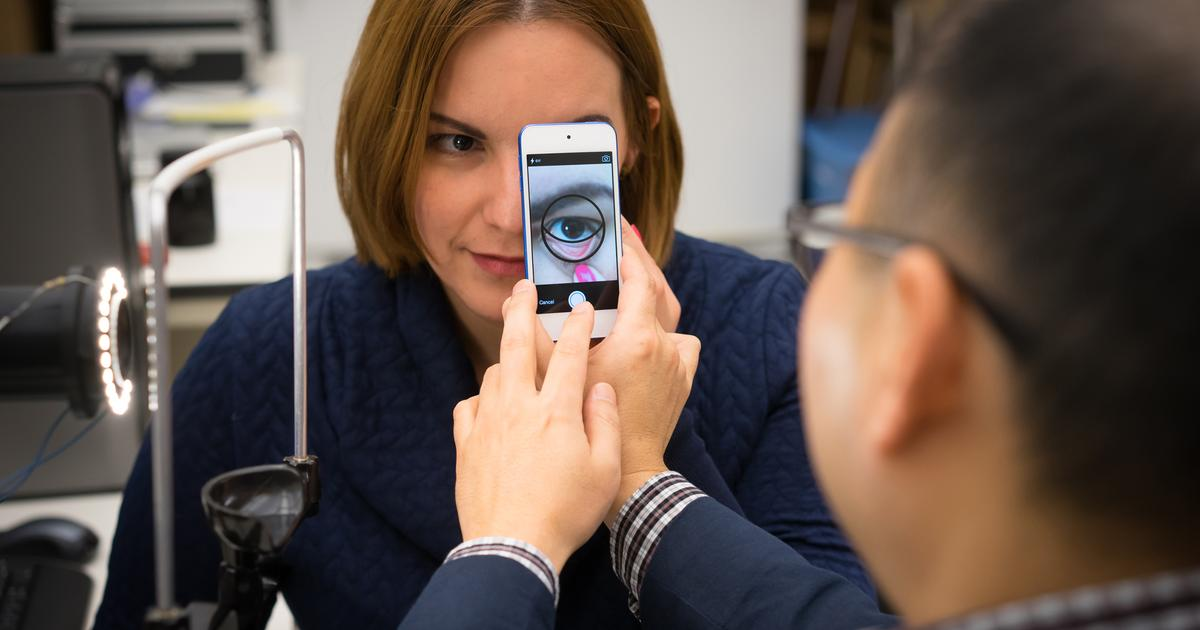 App detects signs of anemia via a smartphone snap of the eyelid
