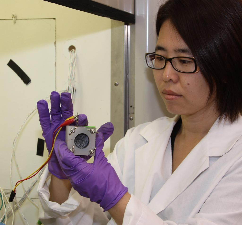 Research at Oregon State University by engineer Hong Liu has discovered improved ways to produce electricity from sewage using microbial fuel cells (Photo: Oregon State University)