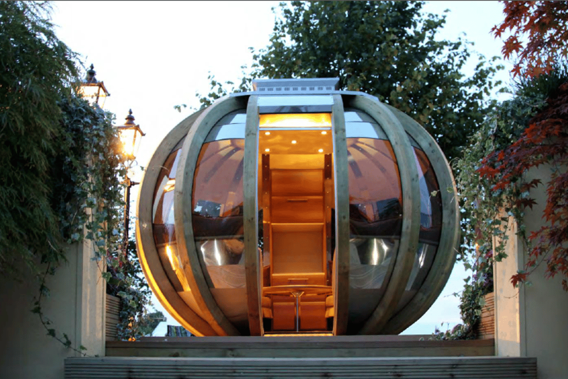 Wondrous G Pod Your Futuristic Garden Lounge Or Portable Office Has Evergreenethics Interior Chair Design Evergreenethicsorg