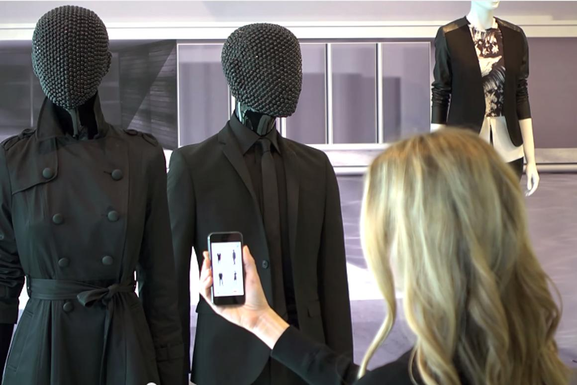 Mannequins enabled with VMBeacon