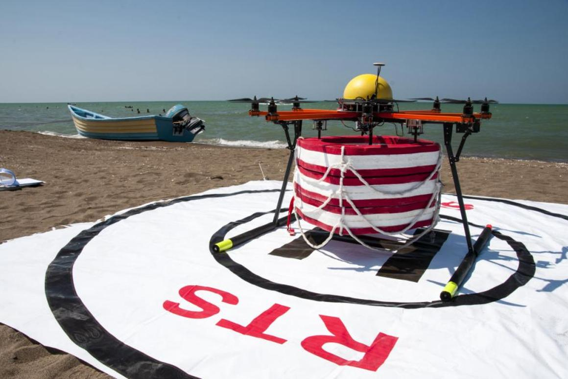 RTS Lab has successfully tested a prototype of its Pars aerial robot, a drone that flies out over large bodies of water to drop life preservers near drowning victims