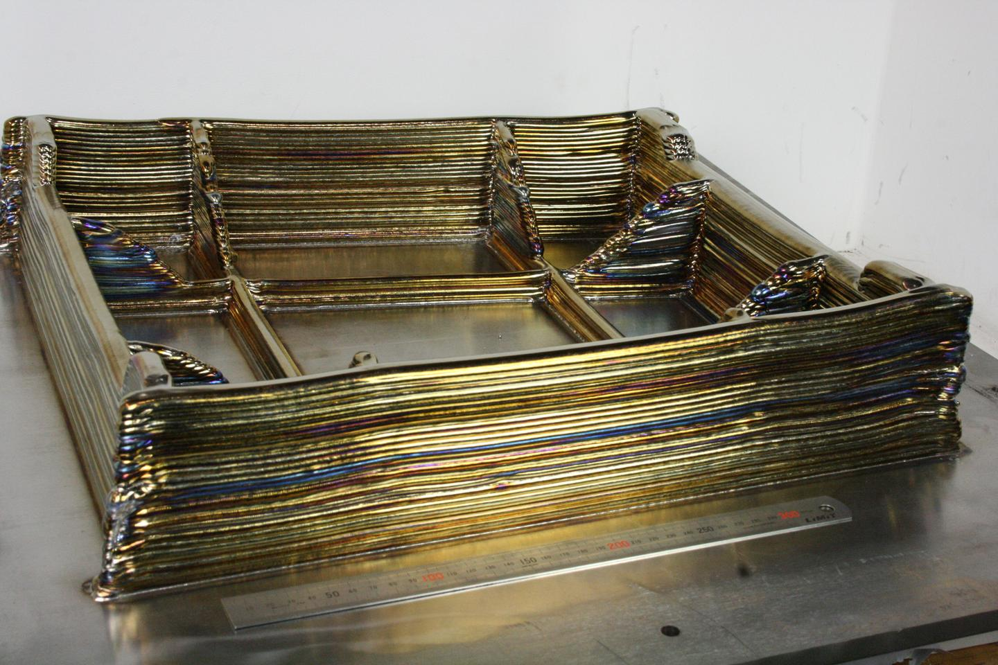 Sandwich structure aerofoil demonstrator made of Titanium using 3D-printing technology (Photo: Cranfield University)