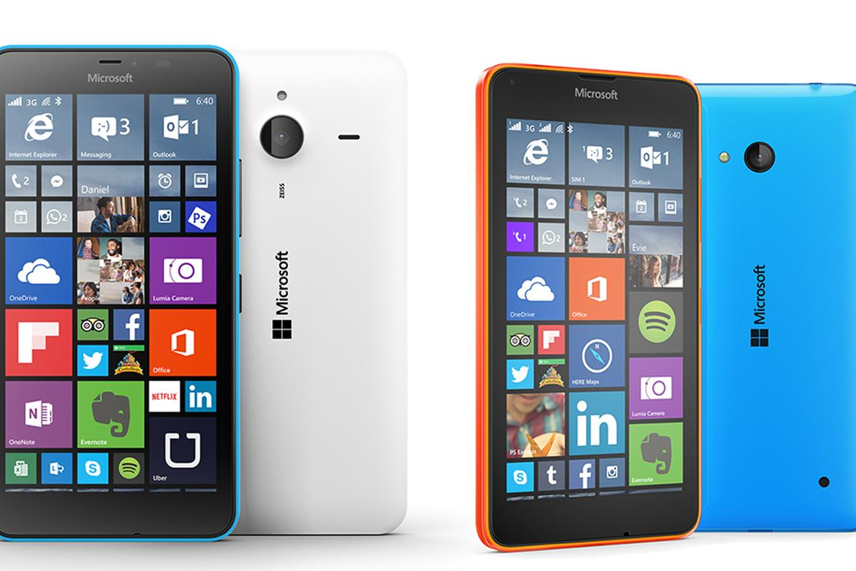 The new Lumia 640 (right) and 640 XL (left)