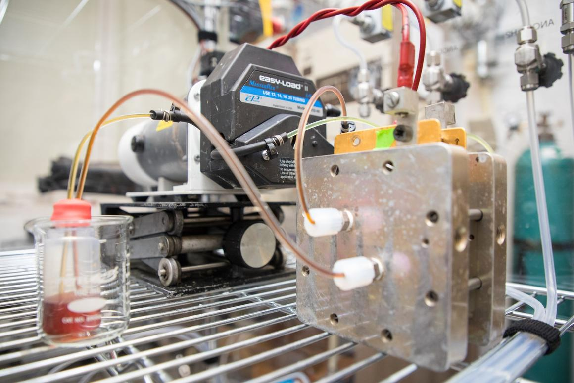 Harvard's new organic flow battery uses a long-lived recipe