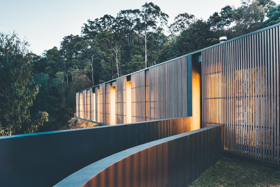Hardwood screens allow the occupants to control how much light gets inside Tinbeerwah House