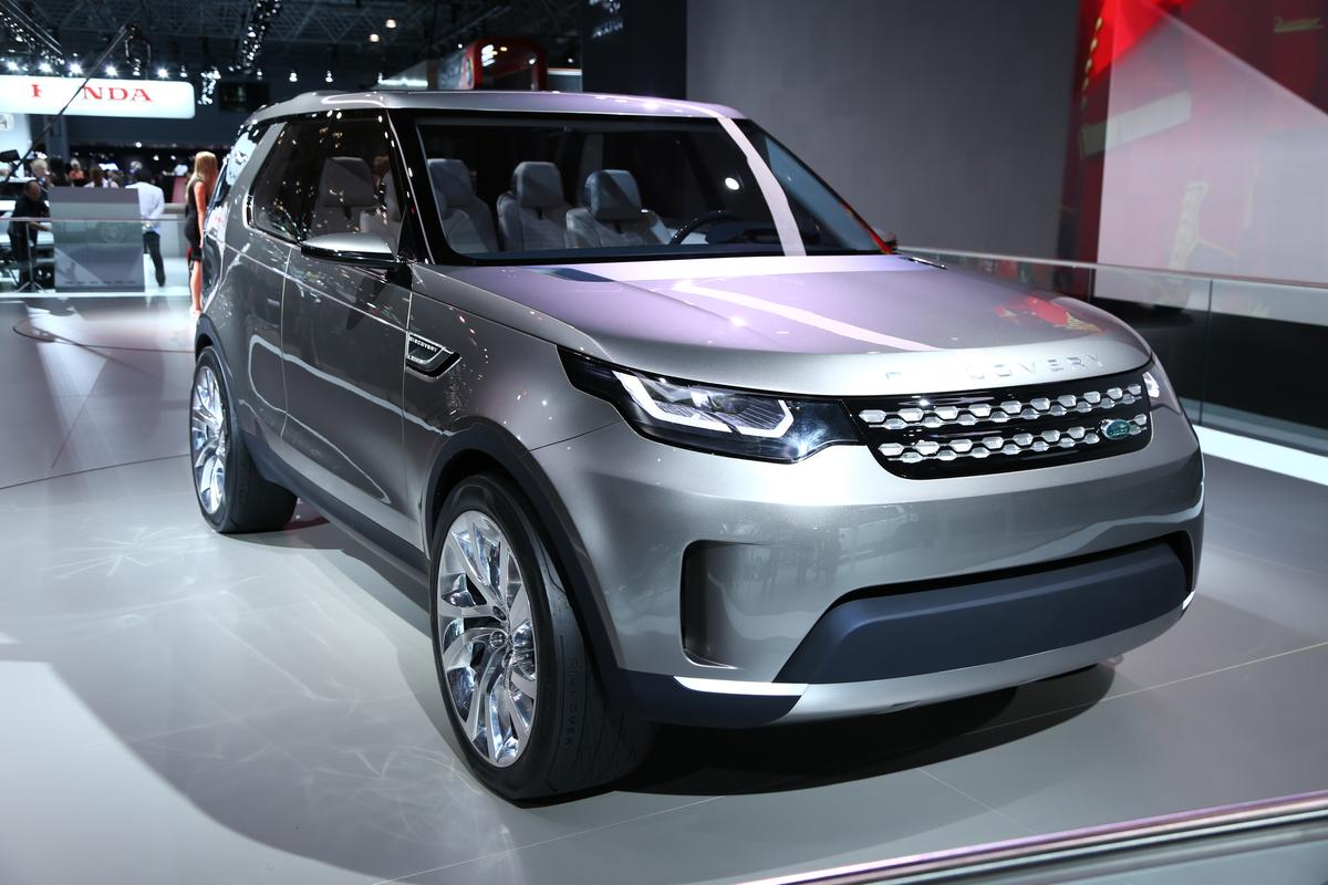 The Land Rover Discovery Vision concept on display at the 2014 New York Auto Show (Photo: Angus MacKenzie/Gizmag.com)