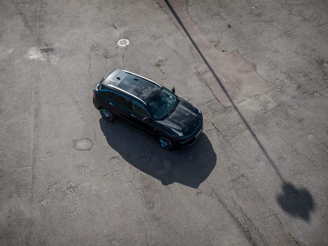 The Lynk & Co 01 being introduced into Europe shortly will be available as a hybrid electric and plug-in hybrid