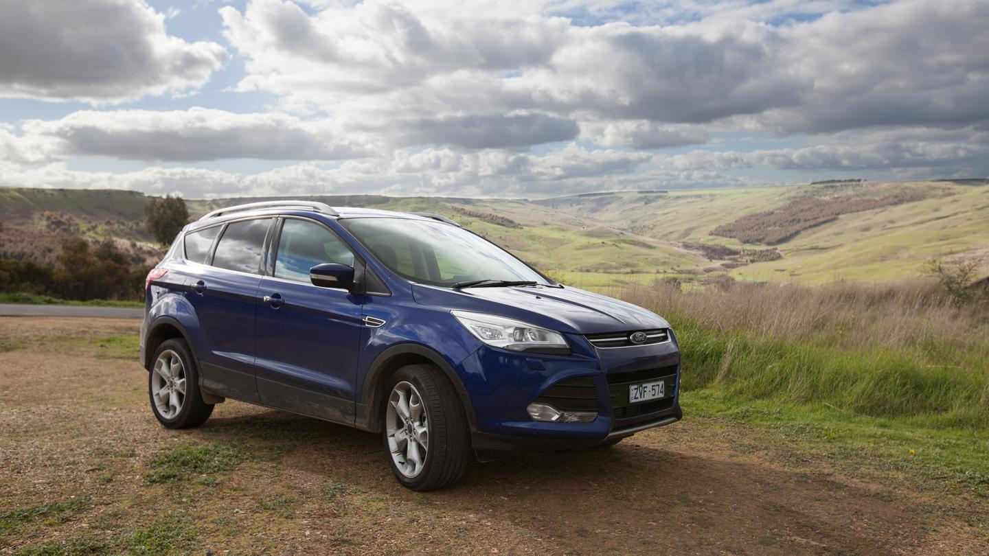 The Kuga range includes 2WD and 4WD options and a 2.0L TDCi 4-cylinder diesel or 1.6L EcoBoost petrol engine (Photo: Noel McKeegan/Gizmag.com)